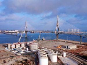 Volando sobre el Puente de la Constitución, Cádiz. Spain ©AerialTécnica 2020